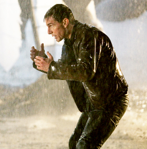 Tom Cruise in action in Jack Reacher