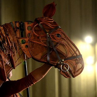 Musicians in the West End production of War Horse wanted an order saying they cannot be replaced with a soundtrack