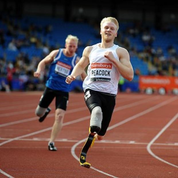 Preston and Leyland Citizen: Ben has received some tips on how to run on blades from British Paralympic champion Jonnie Peacock, pictured